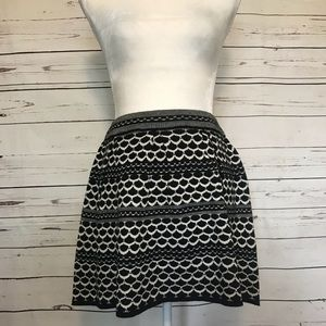 Jessica Simpson woven designed skirt size medium
